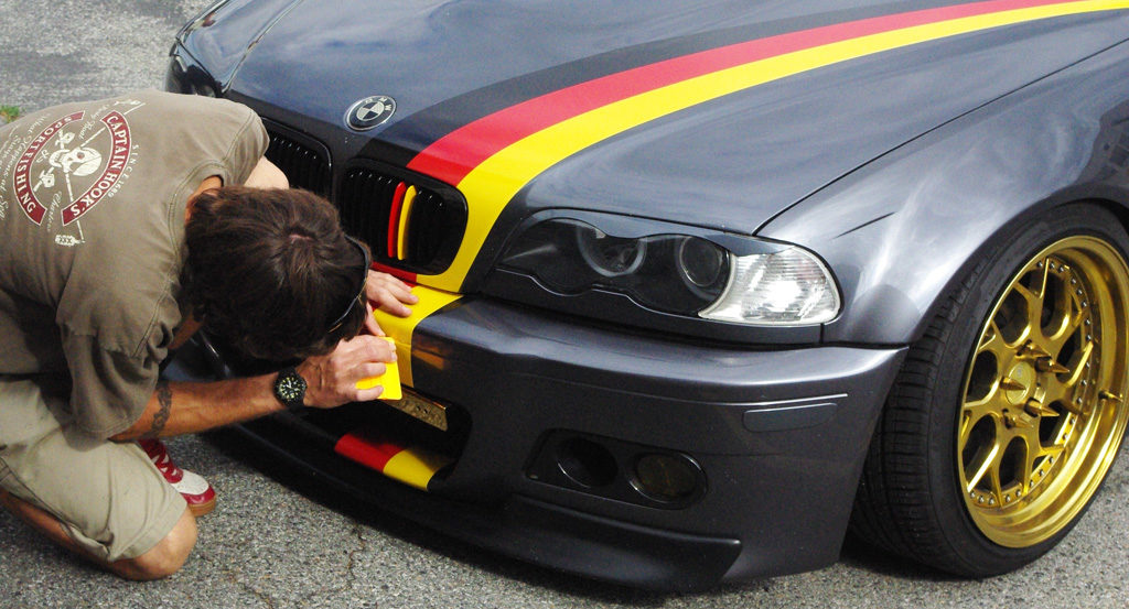 BMW striping
